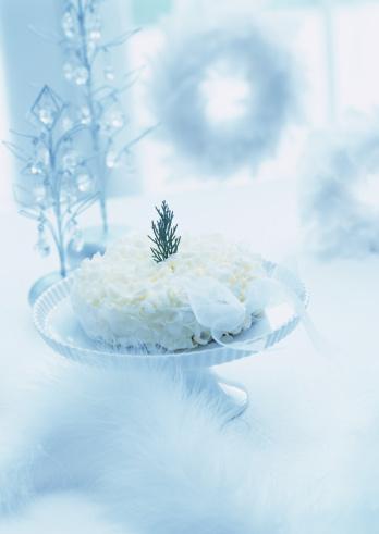 クリスマスケーキ「White chocolate cake on stand」:スマホ壁紙(4)