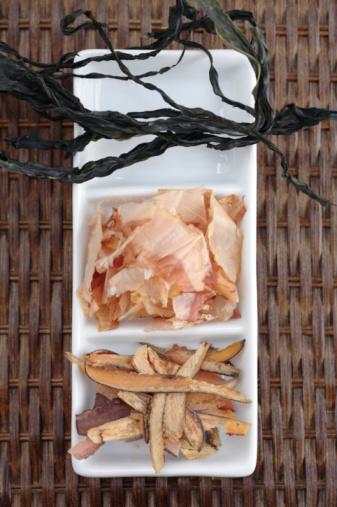 Broth「Shaved fish and seaweed on platter」:スマホ壁紙(16)
