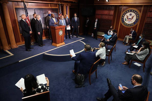 Tim Graham「Senate Republicans Introduce Police Reform Legislation」:写真・画像(15)[壁紙.com]
