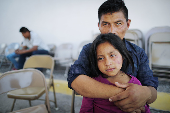 Southern USA「Swelling Numbers Of Migrants Overwhelm Southern Border Crossings」:写真・画像(5)[壁紙.com]