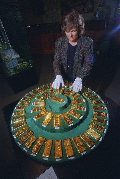 Finance and Economy「Gold Bars」:写真・画像(14)[壁紙.com]