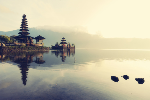 Religion「Floating temple, Bali」:スマホ壁紙(5)