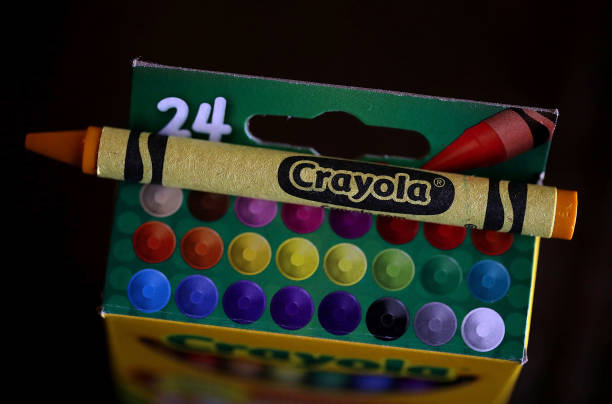 Crayola Crayons Announces Its Eliminating Dandelion Yellow For A New Blue Crayon:ニュース(壁紙.com)