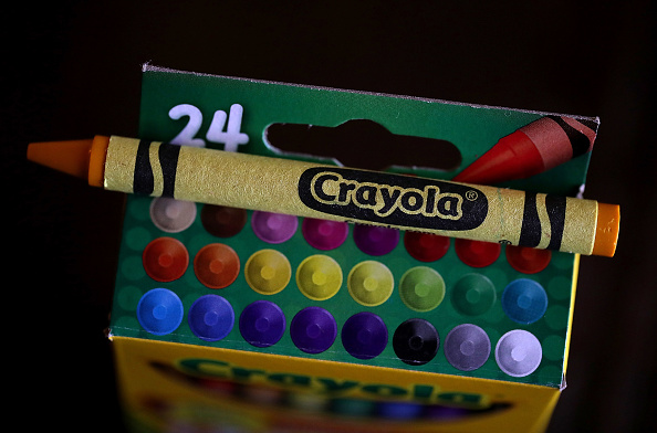 Crayon「Crayola Crayons Announces Its Eliminating Dandelion Yellow For A New Blue Crayon」:写真・画像(1)[壁紙.com]