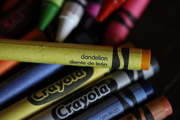 クレヨン「Crayola Crayons Announces Its Eliminating Dandelion Yellow For A New Blue Crayon」:写真・画像(14)[壁紙.com]