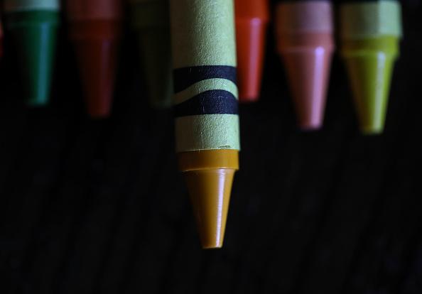 クレヨン「Crayola Crayons Announces Its Eliminating Dandelion Yellow For A New Blue Crayon」:写真・画像(16)[壁紙.com]