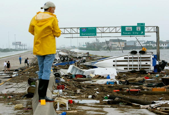 Galveston - Texas「Hurricane Ike Makes Landfall On Texas Coast」:写真・画像(11)[壁紙.com]