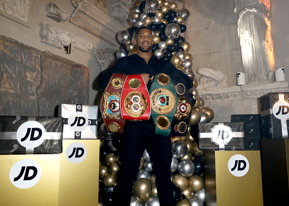 Anthony Joshua「JD Comes Alive: JD's Blockbuster Christmas Party」:写真・画像(14)[壁紙.com]