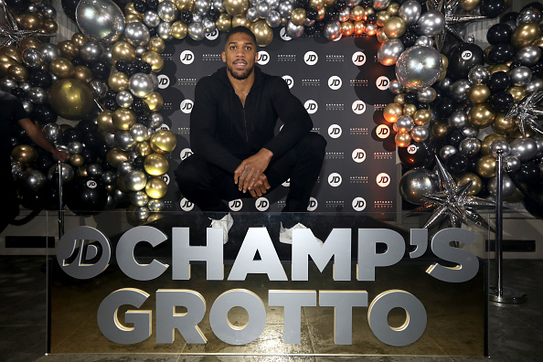 Anthony Joshua「JD Comes Alive: JD's Blockbuster Christmas Party」:写真・画像(5)[壁紙.com]