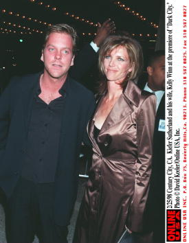 "David Keeler「2/25/98 Century City, CA. Kiefer Sutherland and his wife, Kelly Winn at the premiere of ""Dark City.""」:写真・画像(16)[壁紙.com]"