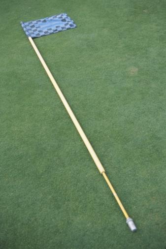 Sports Flag「Flag stick lying on ground」:スマホ壁紙(4)