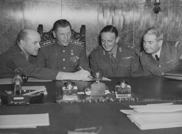 Fred Ramage「Allied Chiefs In 1949」:写真・画像(18)[壁紙.com]
