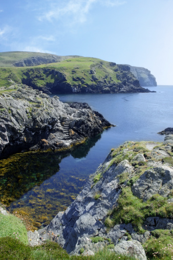 マン島「Crystal clear water and cliffs, Isle of Man.」:スマホ壁紙(17)