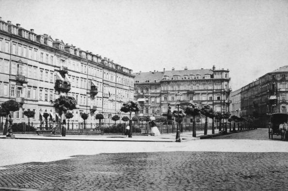 Town Square「Dresden Racknitzplatz」:写真・画像(15)[壁紙.com]