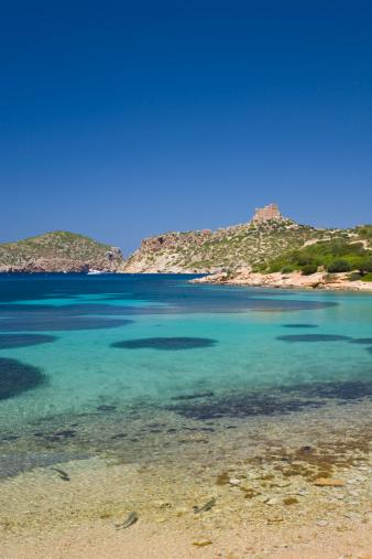 Archipielago de Cabrera National Park「View across bay to the castle, Cabrera, Mallorca」:スマホ壁紙(1)