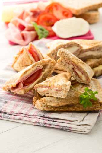 Toasted Sandwich「Ham and cheese sandwich with tomatoes on napkin」:スマホ壁紙(13)