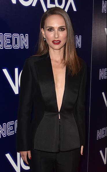 """Black Suit「Premiere Of Neon's """"Vox Lux"""" - Red Carpet」:写真・画像(1)[壁紙.com]"""