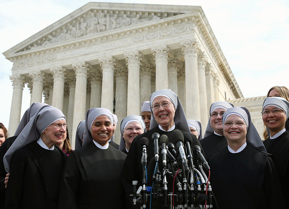 Poverty「Activists Rally Outside Supreme Court Hearing On Religious Non-Profits Abiding To ACA」:写真・画像(16)[壁紙.com]
