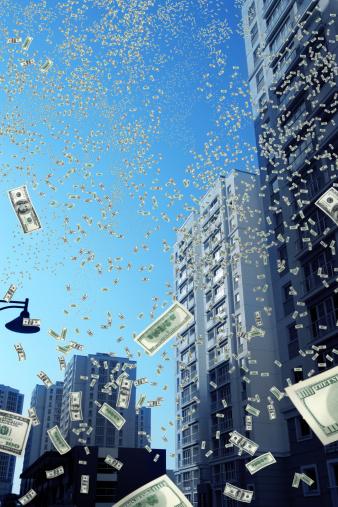 Economic fortune「falling money in city」:スマホ壁紙(17)