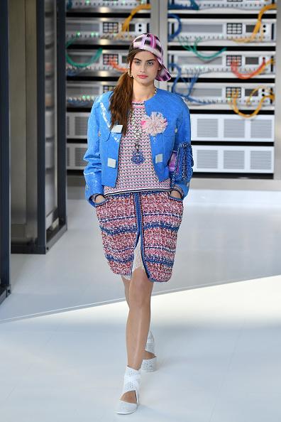 Chanel Jacket「Chanel : Runway - Paris Fashion Week Womenswear Spring/Summer 2017」:写真・画像(18)[壁紙.com]