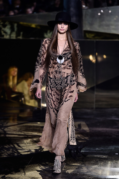 Gray Shoe「H&M : Runway - Paris Fashion Week Womenswear Fall/Winter 2016/2017」:写真・画像(16)[壁紙.com]
