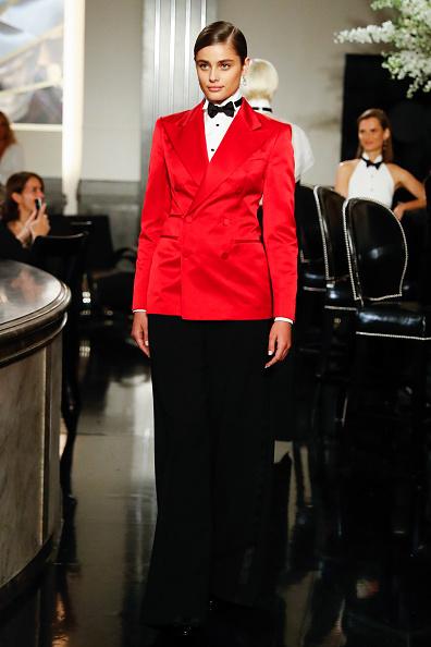 ニューヨークファッションウィーク「Ralph Lauren - Runway - September 2019 - New York Fashion Week」:写真・画像(10)[壁紙.com]
