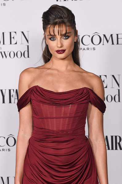 Maroon「Vanity Fair and Lancôme Women In Hollywood Celebration」:写真・画像(12)[壁紙.com]