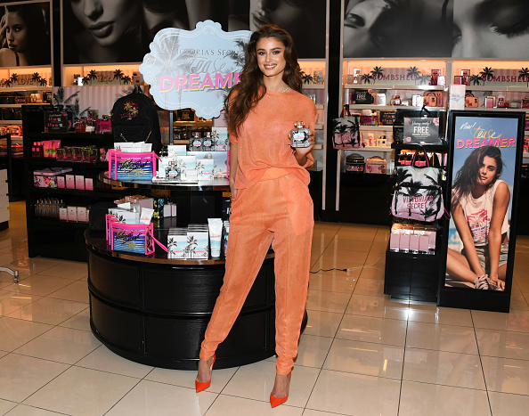 "Jon Kopaloff「Angel Taylor Hill Introduces The New ""Tease Dreamer"" Fragrance Collection At Victoria's Secret」:写真・画像(4)[壁紙.com]"