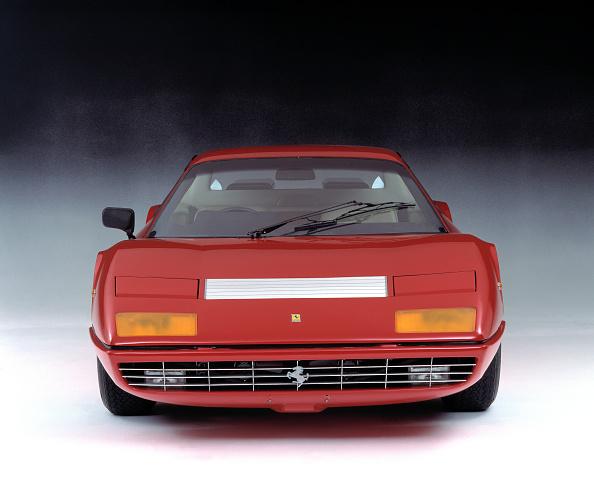 Ferrari「1974 Ferrari 365 GT4 Boxer」:写真・画像(1)[壁紙.com]