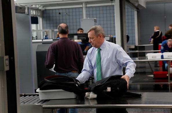 O'Hare Airport「TSA Debuts Full Body Imaging Screeners At O'Hare Airport」:写真・画像(10)[壁紙.com]