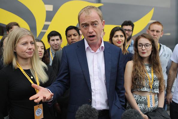 Dan Kitwood「Delegates Arrive In Brighton For The Liberal Democrat Annual Conference」:写真・画像(0)[壁紙.com]