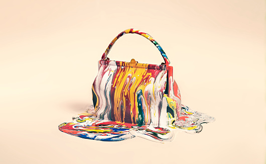Multi Colored Purse「object covered in paint」:スマホ壁紙(0)