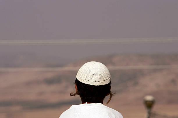 Israeli West Bank Settlements Evacuated by Force:ニュース(壁紙.com)