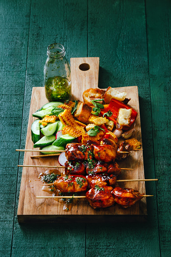 Char-Grilled「Grilled pork skewers with vegetables and chimichurri sauce」:スマホ壁紙(10)