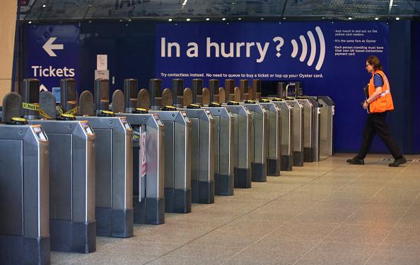 London Underground「London Underground Staff Hold A 24 Hour Strike Over Roster Changes」:写真・画像(13)[壁紙.com]