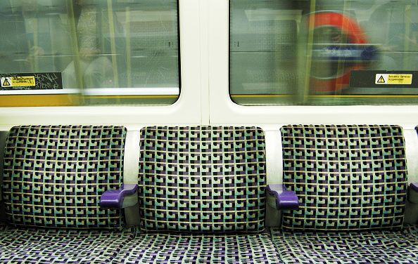 Sparse「London Underground carriage seating」:写真・画像(15)[壁紙.com]