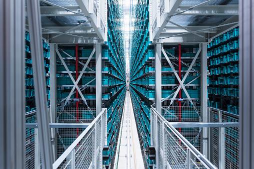 ������「Modern automatized high rack warehouse」:スマホ壁紙(14)