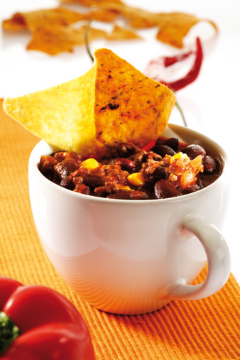 Chili Con Carne「Chili con carne in cup with tortilla chips」:スマホ壁紙(2)