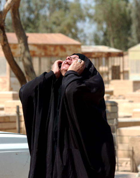 Baghdad「Family Grieves Loss In Baghdad」:写真・画像(18)[壁紙.com]