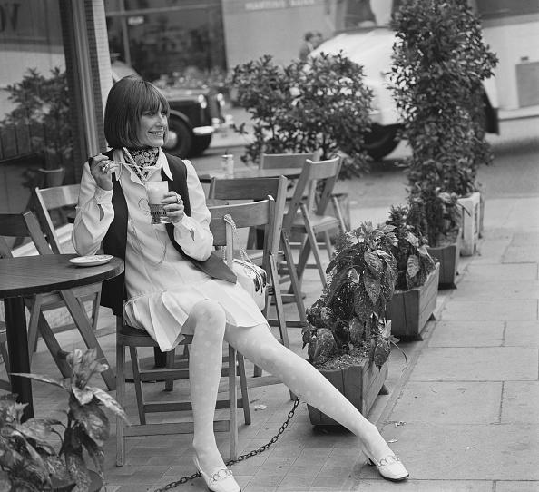 ミニドレス「Women's Summer Fashions」:写真・画像(7)[壁紙.com]