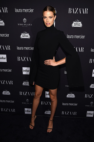 "Hailey Clauson「Harper's Bazaar Celebrates ""ICONS By Carine Roitfeld"" Presented By Infor, Laura Mercier, And Stella Artois - Arrivals」:写真・画像(11)[壁紙.com]"
