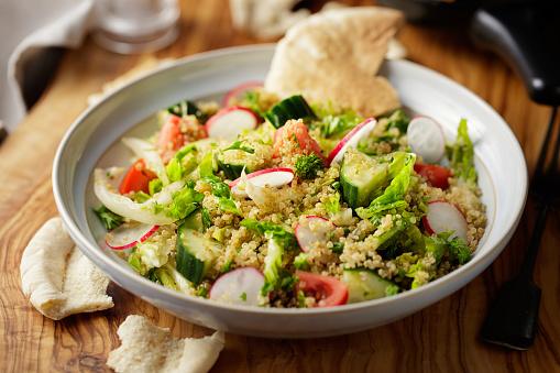 Radish「Fattoush quinoa salad」:スマホ壁紙(7)
