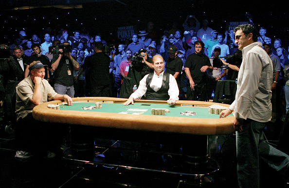 Table「World Series of Poker - Final Table」:写真・画像(16)[壁紙.com]