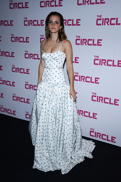 エマ・ワトソン「'The Circle' Paris Premiere At UGC Normandie」:写真・画像(0)[壁紙.com]