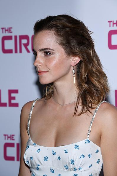 エマ・ワトソン「'The Circle' Paris Premiere At UGC Normandie」:写真・画像(15)[壁紙.com]