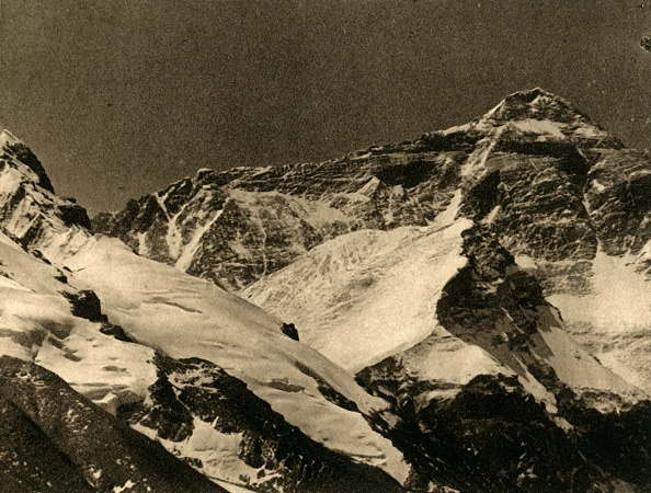 Mountain「Mount Everest From The Base Camp」:写真・画像(3)[壁紙.com]