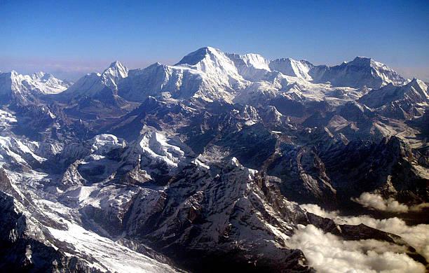 Aerial View Of Mount Everest:ニュース(壁紙.com)