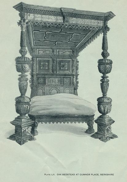 Bedroom「Oak bedstead at Cumnor Place, Berkshire, 1915. Artist: Unknown.」:写真・画像(5)[壁紙.com]