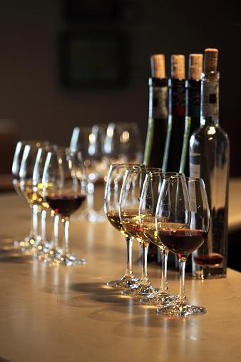 Wine Cork「Ice wine tasting session」:スマホ壁紙(15)