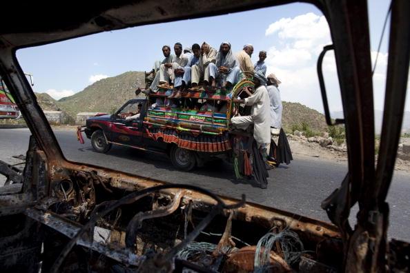 Obsolete「Pakistan Displaced Slowly Return To Buner」:写真・画像(3)[壁紙.com]